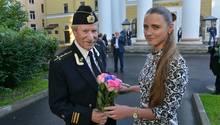 Der bekannte russische Schauspieler Ivan Krasko (heute 87) heiratete seine ehemalige Studentin Natalia (27) im September 2015