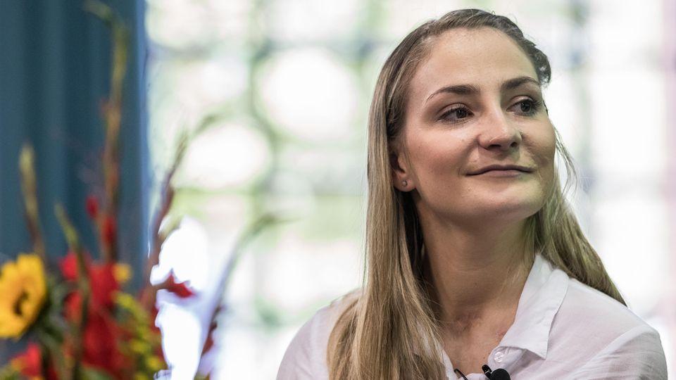 Kristina Vogel istnach ihrem Trainingssturz vom 26. Juniquerschnittsgelähmt