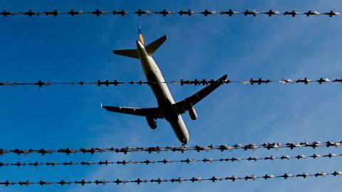 Deutschland Afghanistan Lufthansa-Flugzeug