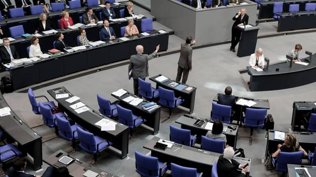 Während Rede von Johannes Kahrs - AfD verlässt Plenarsaal