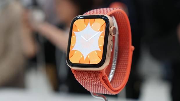 Das Display der Apple Watch Series 4 ist deutlich größer.