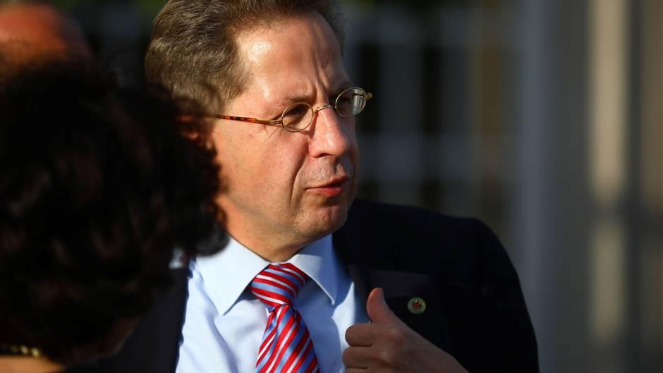 Hans-Georg Maaßen sprach bewusst von Mord statt von Totschlag, um die Bürger von Chemnitz zu beruhigen