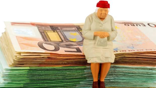 Geld sparen für später - die Rente geht uns alle an.