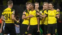 Die Spieler des BVB bejubeln das zwischenzeitliche 1:0 gegen Eintracht Frankfurt in der Bundesliga
