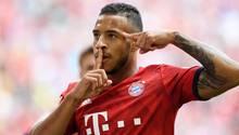 Corentin Tolisso von Bayern jubelt über seinen Treffer zum 1:1