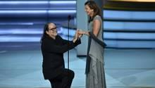 Glenn Weiss macht seiner Freundin Jan Svendsen den Heiratsantrag