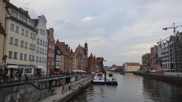 Promenade am Fluss: Die Altstadt von Danzig