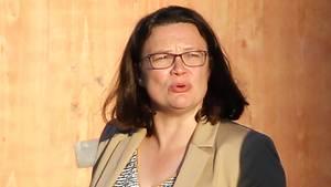 Ob Andrea Nahles den Koalitionskompromiss zu Maaßen schon wieder bereut?