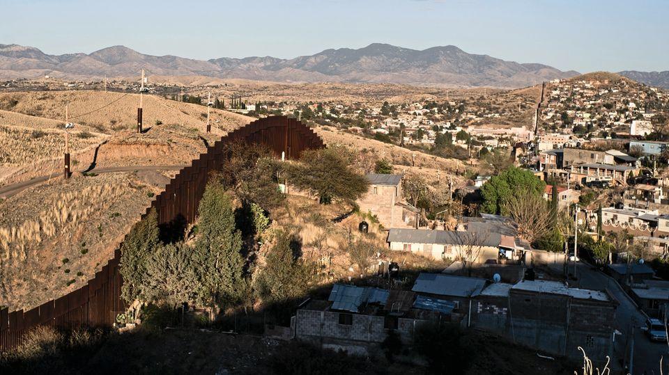 Die Grenze zu den USA in Nogales, Mexiko