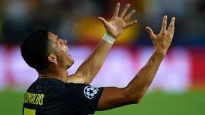 Im 154. Champions-League-Spiel seiner Karriere ist Cristiano Ronald erstmalig des Feldes verwiesen worden