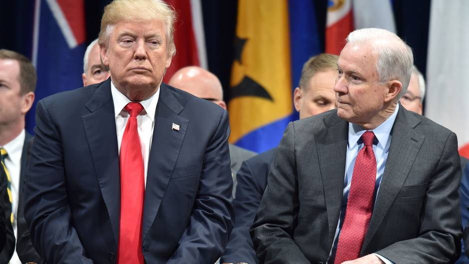 US-Präsident Donald Trump und US-Justizminister Jeff Sessions