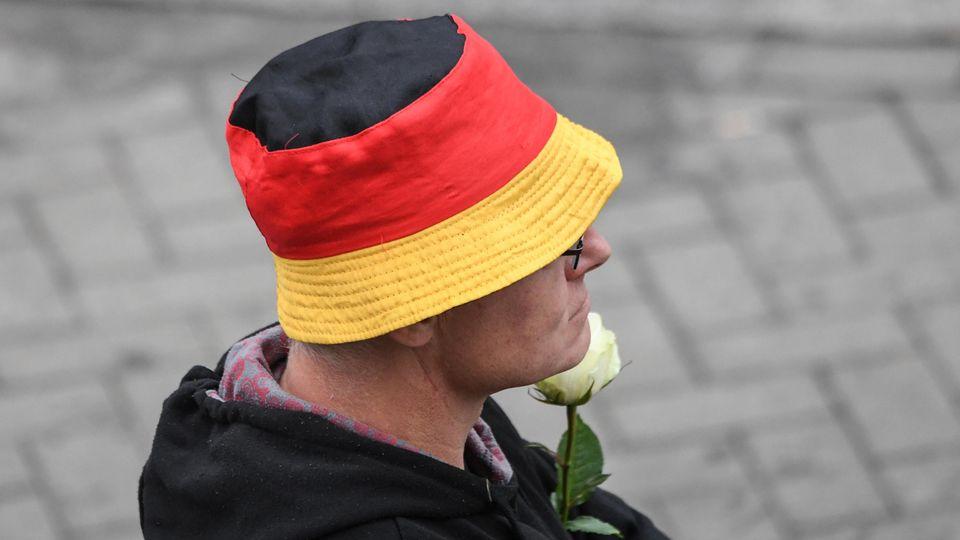 ein AfD-Funktionär aus Sachsen soll seit Jahren für den Verfassungsschutz arbeiten (Symbolbild)