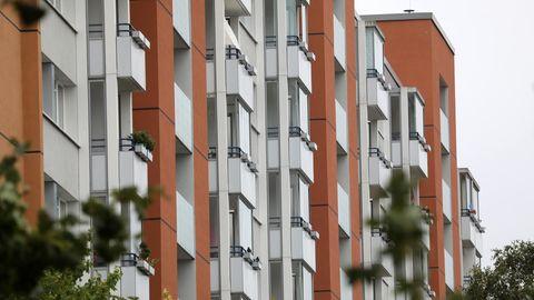 Wohnungen in einem Plattenbau in Rostock