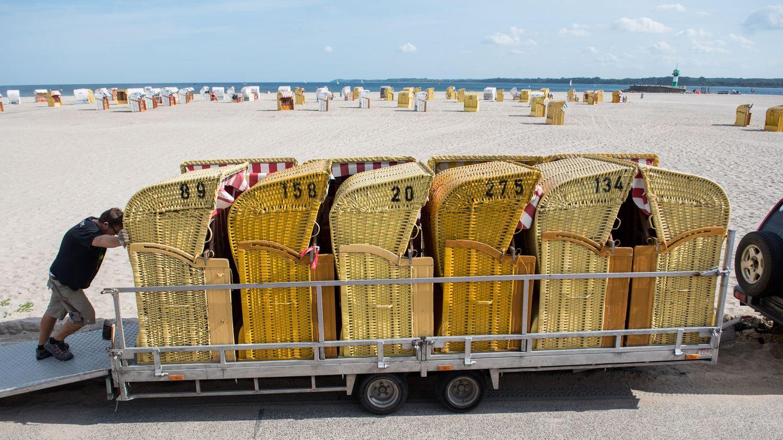Ostsee Strandkörbe Herbstanfang