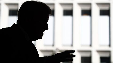 Horst Seehofer als Schattenmann - Er betreibt das Geschäft der AfD