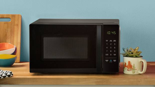 Amazon Alexa Basics Microwave