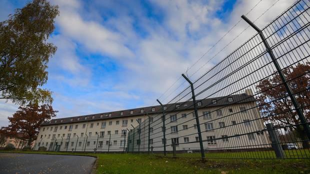 Großbrand in sogenanntem Ankerzentrum in Bamberg