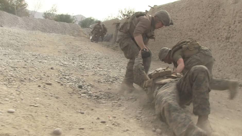 In dem Film sterben Afghanen und Amerikaner. Lagoze hat keine Idee, wieso.