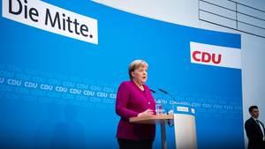Merkel gibt Fehler zu