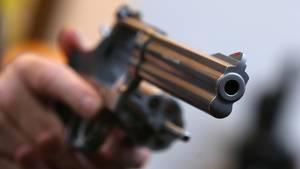 Nachrichten aus Deutschland: Revolver