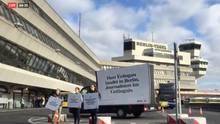 Plakat für Erdogan am Flughafen Berlin-Tegel