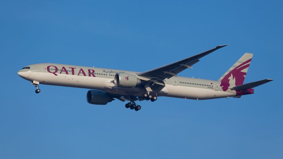 Eine Maschine vom TypBoeing 777-200 vonQatar Airways