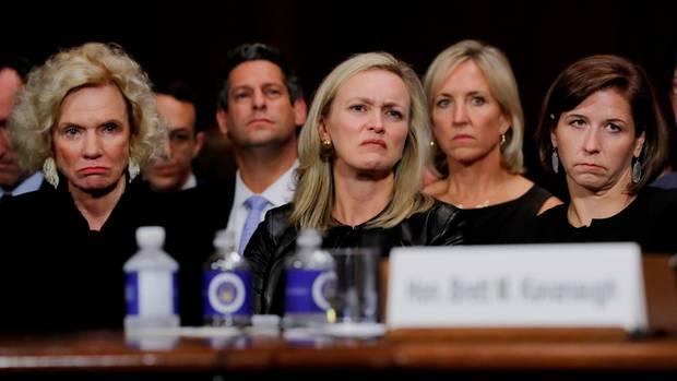 Martha Kavanaugh, Laura Cox Kaplan, undAshley Kavanaugh