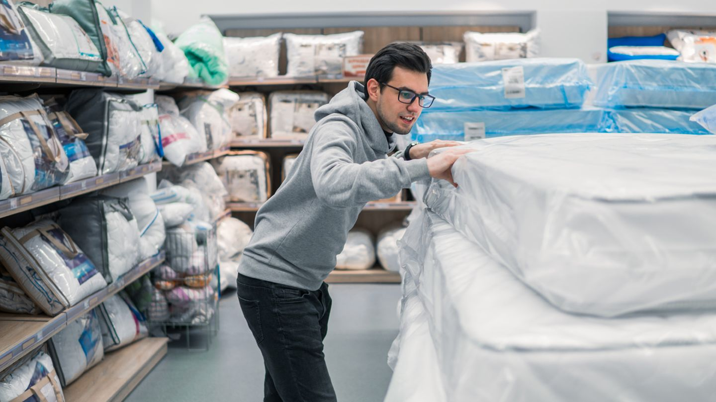 Die alteingesessenen Matratzenhersteller fühlen sich von der Stiftung Warentest benachteiligt