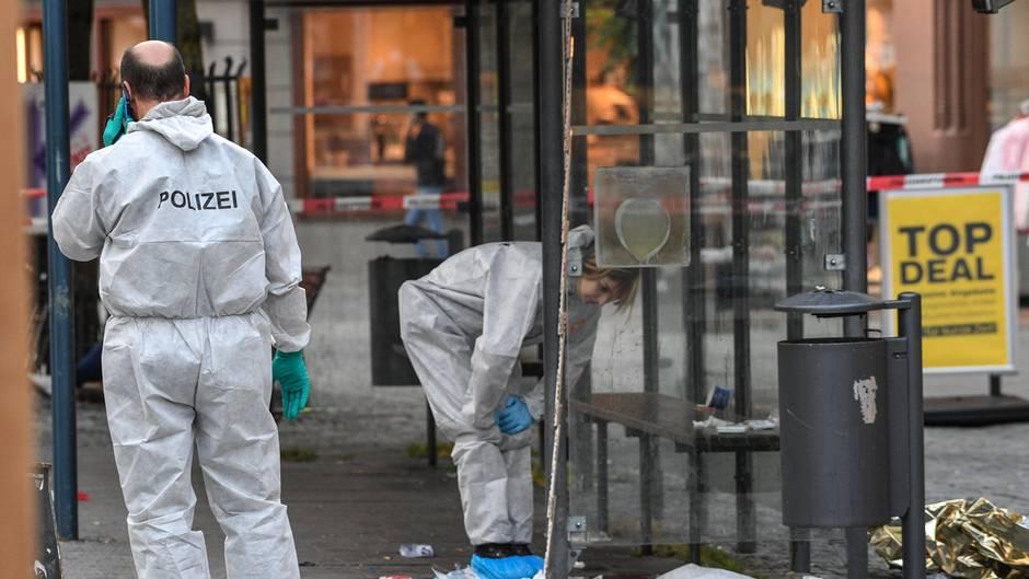 Spurensicherung am Tatort im Stadtzentrum von Ravensburg