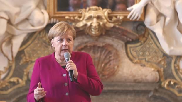 """""""Brandgefährlich"""": Merkel attackiert Trump ungewöhnlich scharf"""
