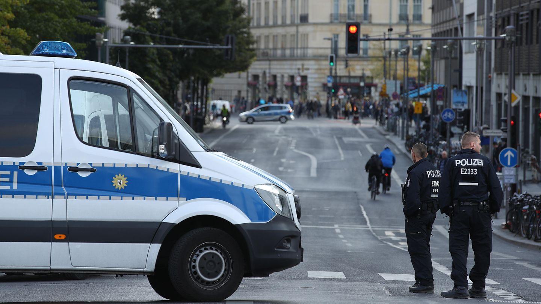 Die jüngsten Ereignisse in Chemnitz müssen wie ein Katalysator für die kruden Gewaltfantasien der Rechtsextremen gewirkt haben. (Foto der Einheitsfeierlichkeiten in Berlin)
