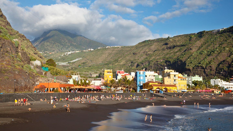 Der Ort Puerto De Tazacorteliegt an der Westküste der Kanareninsel La Palma
