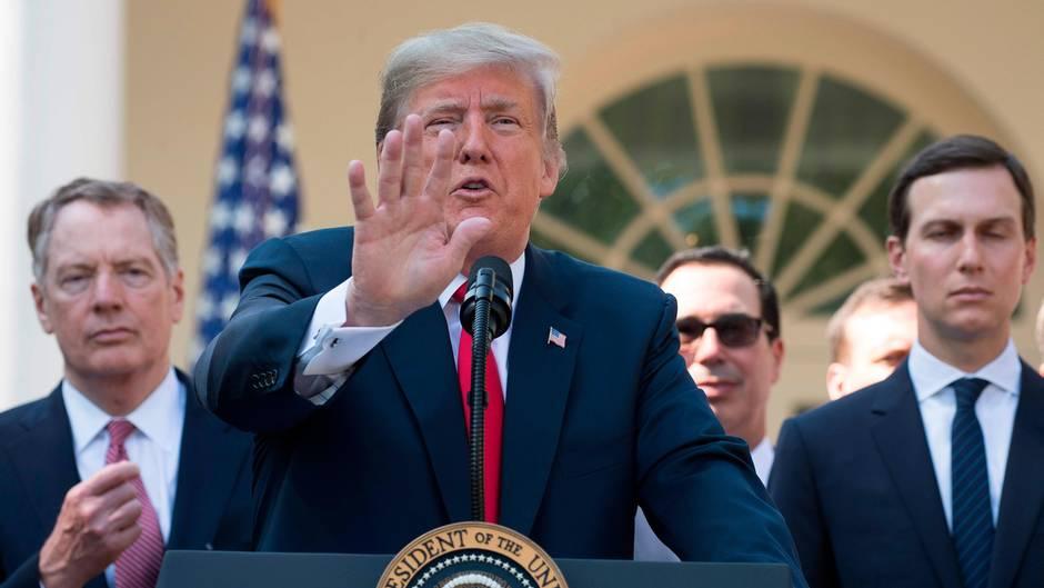 """Weißes Haus: """"Sie denken niemals nach"""": So abfällig behandelt Trump zwei Reporterinnen"""