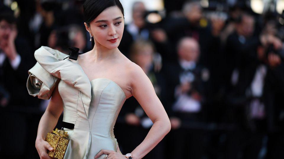 Fan Bingbing ist ein international gefeierter Star. Nun droht ihr eine Rekordstrafe wegen Steuerhinterziehung