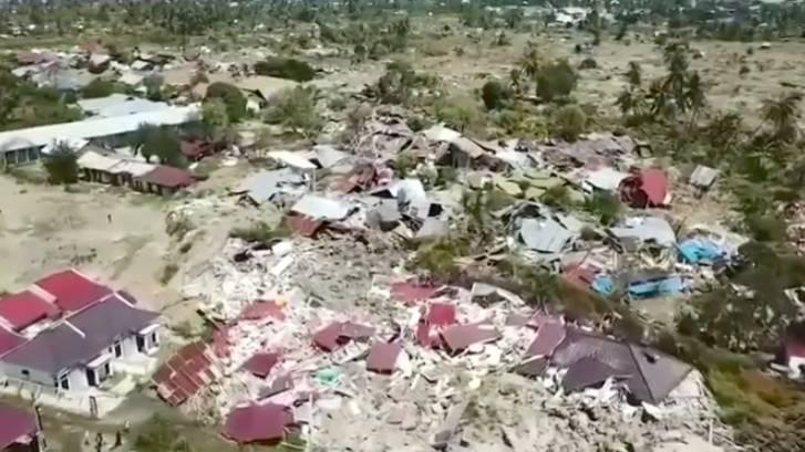 Mehr als 1400 Tote: Das Ausmaß der Zerstörung: Ganze Dörfer sind in Indonesien nach dem Tsunami untergegangen