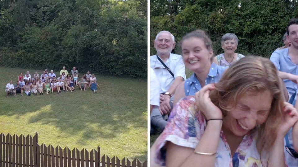Ein Familienfoto wird mit der Drohne aufgenommen.