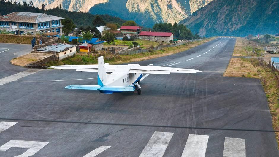 Der Flughafen in Lukla
