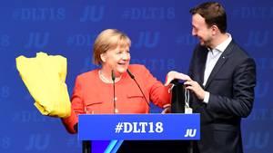 Angela Merkel und Paul Ziemiak