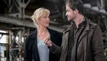 Die KommissareMartina Bönisch (Anna Schudt) und Peter Faber (Jörg Hartmann) haben am Tatort einen Hotelschlüssel gefunden