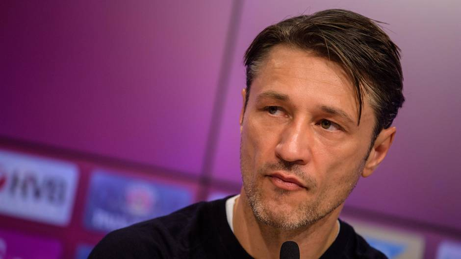 FCB-Coach Kovac unter Druck: Hoeneß ruft schon bei Heynckes an - Twitter nimmt die Bayern-Krise mit Humor