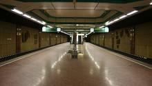 """""""Rheinbahn"""": U-Bahnhof Duissern in Düsseldorf"""