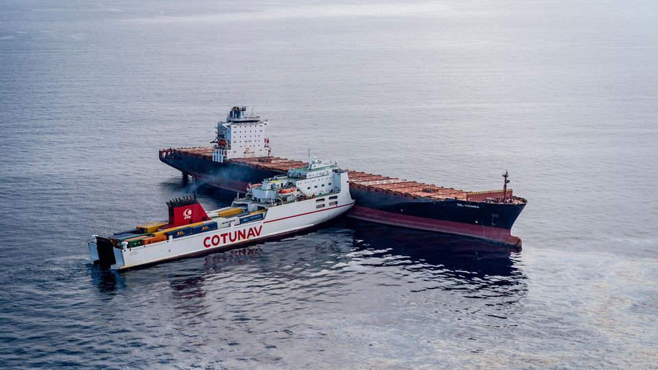 Frachtschiffe vor Korsika - Kollision