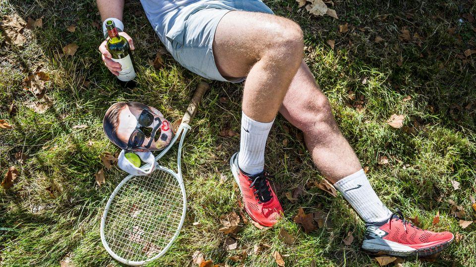 Unser Reporter-Rekord: 06h:33m:20s. Der Promillewert: definitiv fahruntüchtig. Die Verkleidung: Tennisspieler meets Joko, geschminkt. Gesamtzustand: oben entspannt, unten verkrampft.
