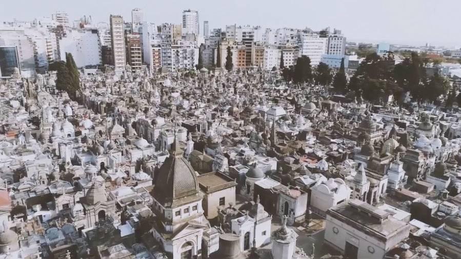 Recoleta in Buenos Aires: Dieser Friedhof erzählt traurige Geschichten von früh verstorbenen Frauen