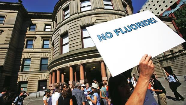In Portland protestieren US-Bürger gegen den Plan, dem Trinkwasser Fluorid zuzusetzen