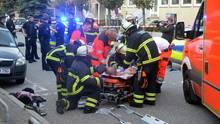 Nachrichten aus Deutschland: Hamburg: Mann an Einkaufszentrum angeschossen - Täter offenbar auf der Flucht