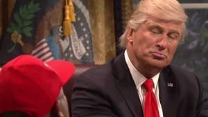 Alec Baldwin als Donald Trump