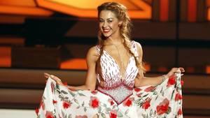 """16. Oktober 2018  Tänzerin Oana Nechiti hat einen neuen Job  Seit 2013 gehört Oana Nechiti zu den Profi-Tänzern der RTL-Show """"Lets' Dance"""". Im kommenden Jahr wird die gebürtige Rumänin nicht in der Tanzsendung zu sehen sein, denn Nechiti hat einen neuen Job: Sie wird Jurorin bei """"Deutschland sucht den Superstar"""". Gemeinsam mit Dieter Bohlen, Pietro Lombardi und Xavier Naidoo wird die 30-Jährige in der 16. DSDS-Staffel nach neuen Talenten Ausschau halten. Dass die Mutter eines Sohnes keine Sängerin ist, scheint zweitrangig. Sie wolle aus ihrem """"Blickwinkel als Tänzerin die Kandidaten beurteilen"""". """"Denn nicht nur eine gute Stimme gehört zu einem Superstar, sondern auch Performance, Ausdruck, Emotion"""", so Nechiti."""