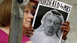Plakat mit einem Foto des verschwundenen Journalisten Jamal Khashoggi