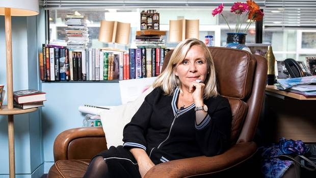 Lucy Hawking, fotografiert im Büro der Agentur United Agents in Soho, London